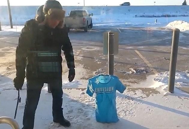 T-shirt Freezes