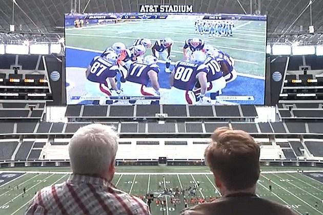 Conan at AT&T Stadium