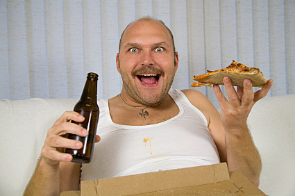 employee rubs genitals on pizza