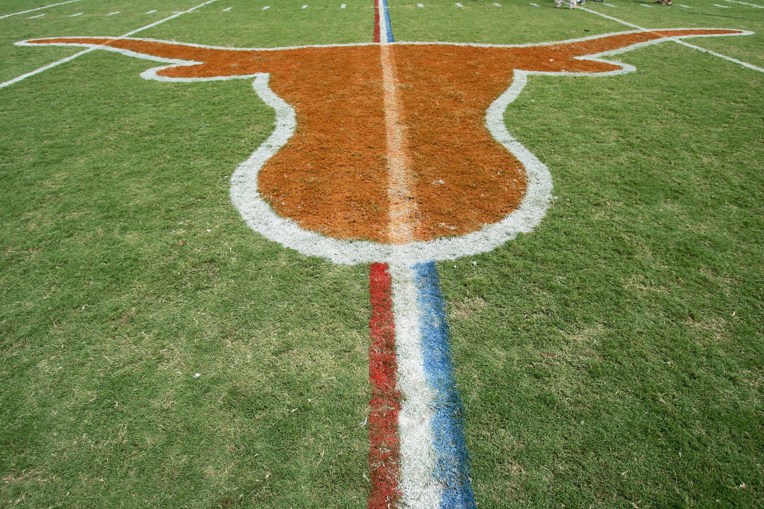 North Texas Eagles v Texas Longhorns