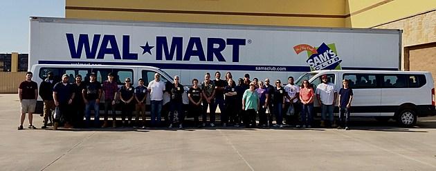 Wichita Falls Walmart employees head to Houston for Hurricane relief